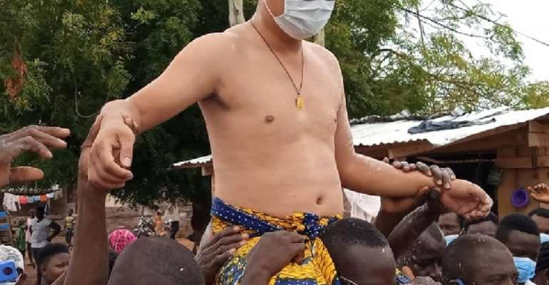 Chinese Man Enstooled As Development Chief At Kwahu Abetifi – Check Social Media Reactions