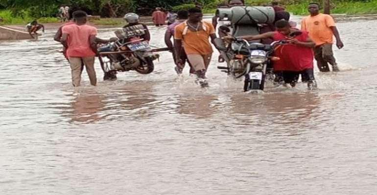 JHS Teachers Of Kologo, Naaga Struggle To Reach Schools Over Heavy Rainfall