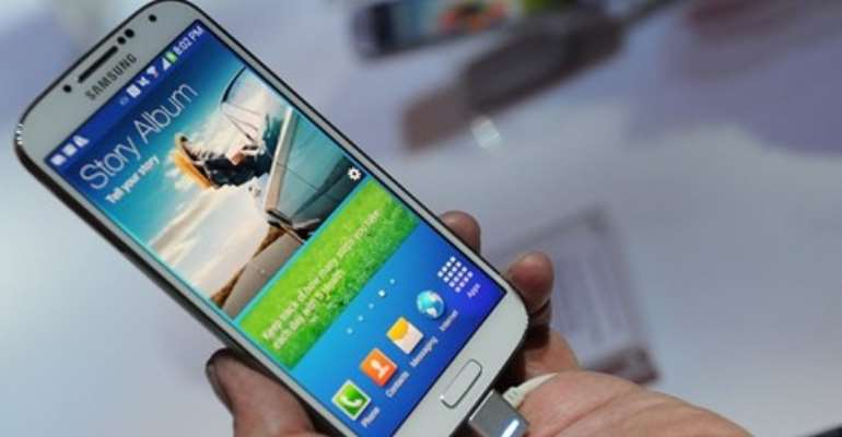 Samsung has released a version of its Galaxy S4 handset which supports the LTE-A technology