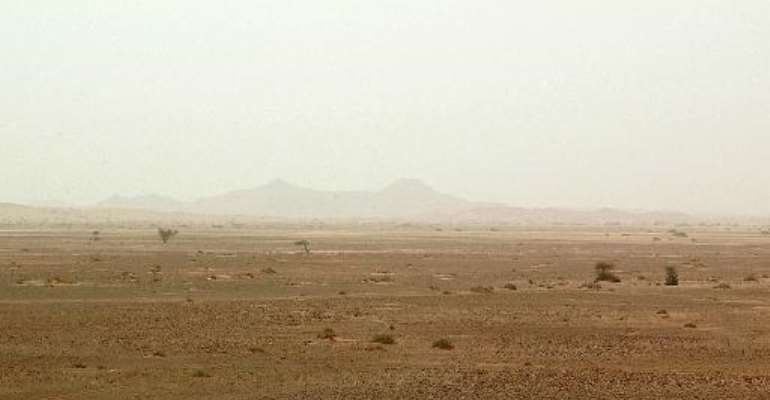 A landscape view dated May 2003 shows the Saharan desert in southern Algeria near the city of Illizi.  By Hocine Zaourar (AFP/File)