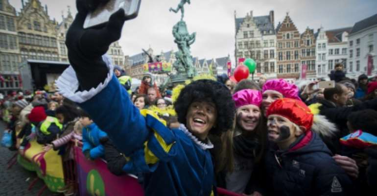 Dutch public broadcaster NTR has decided to change the look of Zwarte Piet (Black Pete) during the traditionnal arrival of  Sinterklaas (Saint Nicolas) this year.  By KRISTOF VAN ACCOM (ANP/AFP)