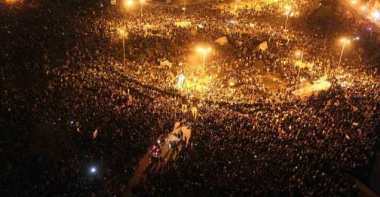 Thousands of Egyptians protesters gather in Tahrir Square in Cairo.  By Mahmud Khaled (AFP)