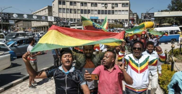 Ethiopians demonstrate in November 2020 in support of the armed forces amid an offensive in the Tigray region.  By EDUARDO SOTERAS (AFP/File)