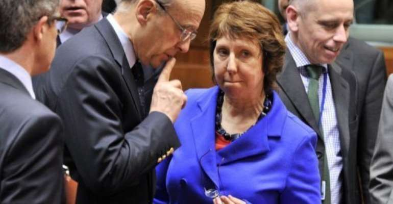 EU foreign policy chief Catherine Ashton (C) in Brussels Friday.  By Georges Gobet (AFP)