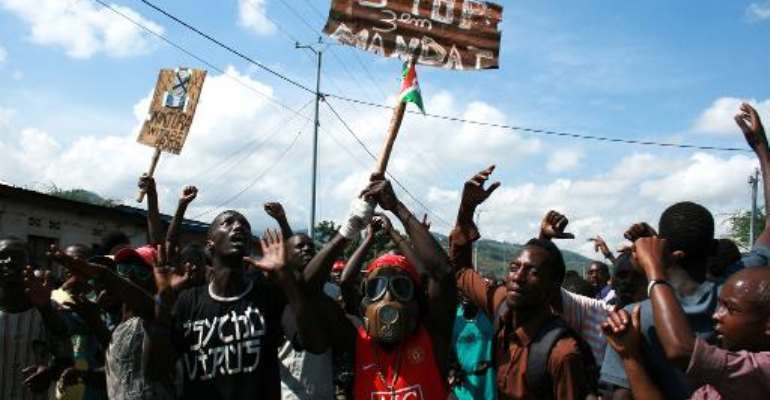 Demonstrators protest against President Pierre Nkurunziza's bid for a third term in Musaga, a district of Bujumbura, on May 11, 2015.  By Landry Nshimye (AFP)