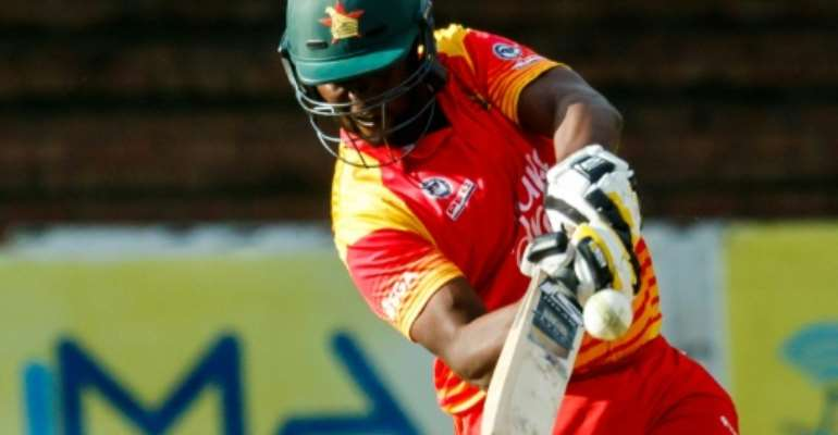 Former Zimbabwe skipper Elton Chigumbura has announced he will retire from the game after the current Pakistan tour.  By Jekesai NJIKIZANA (AFP/File)
