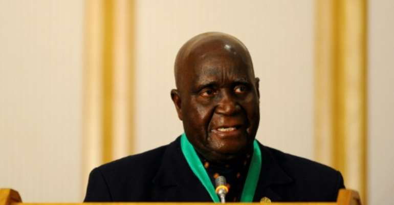 Kaunda, speaking at a southern African summit in 2011. Zambia's first post-independence president has been hospitalised, his office says.  By STEPHANE DE SAKUTIN (AFP/File)