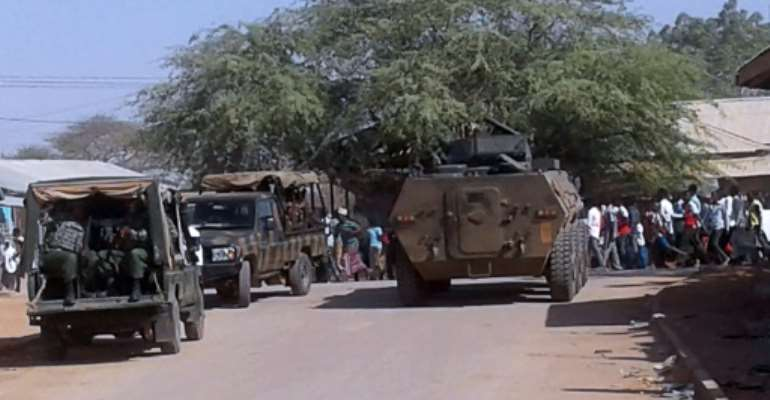 Kenyan soldiers arrive at the scene of a bomb attack claimed by Shabaab militants in Mandera in 2016. The county of Mandera is increasingly coming under the control of Al-Shabaab, the area's governor warned recently.  By STRINGER (AFP)