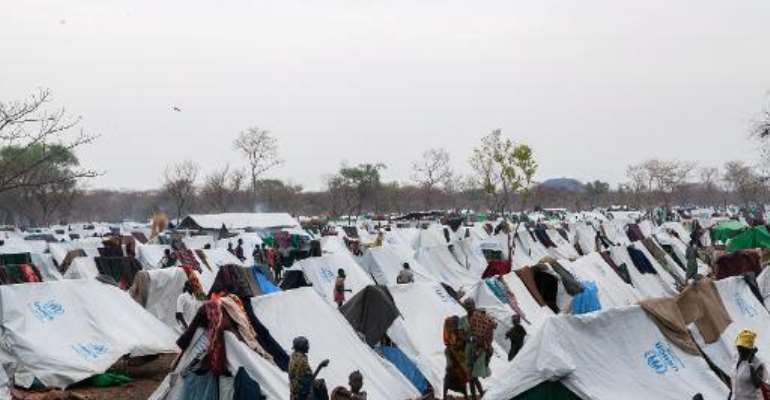 Picture shows general view of the Kule refugee camp near the Pagak Border Entry point in the Gambela Region of Ethiopia, on April 2, 2014.  By Zacharias Abubeker (AFP/File)