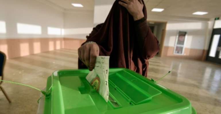 Mauritanian opposition leaders have accused the authorities of fixing last weekend's election and imposing a
