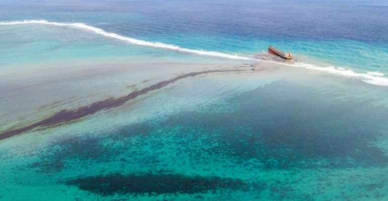 More than 1,000 tonnes has already oozed from the stranded ship, causing untold damage to protected marine parks and fishing grounds that are the backbone of Mauritius' economy.  By STRINGER (AFP)