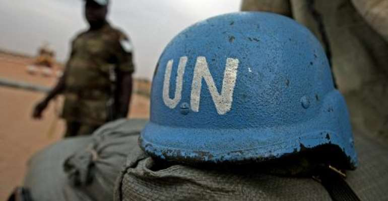 One observer killed in Darfur attack against UNAMID