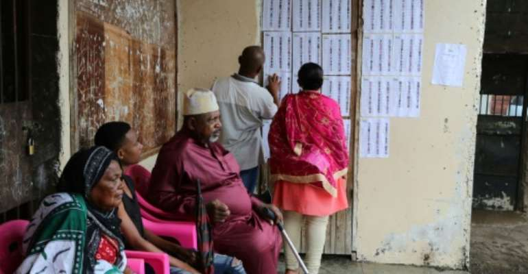 Opposition parties said they would not contest the 24 seats in the Comoros national assembly after failing to obtain guarantees of a 'transparent, free and democratic' election.  By Ibrahim YOUSSOUF (AFP)