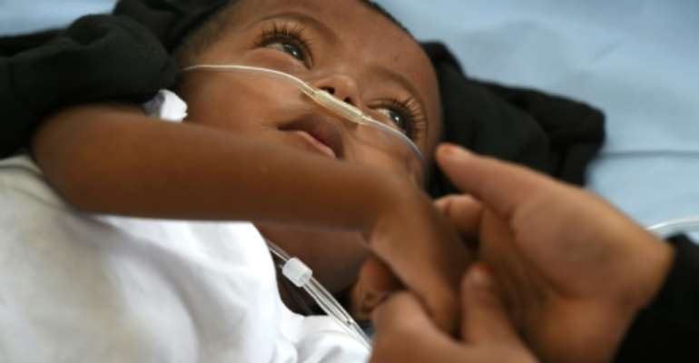 Oxygen supply has been a long-running source of alarm for specialists in pneumonia.  By Tauseef MUSTAFA (AFP/File)