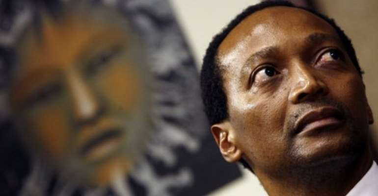 South African businessman Patrice Motsepe on May 07, 2008 in Sandton.  By Gianluigi Guercia (AFP/File)