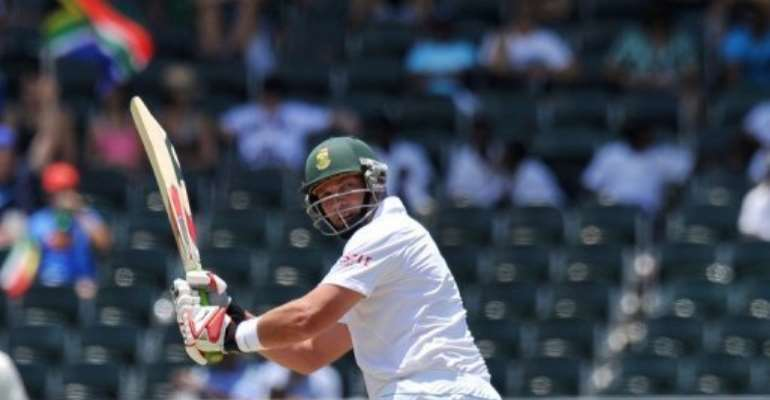 Jacques Kallis plays a stroke for South Africa against Australia at the Wanderers Stadium in Johannesburg today.  By Alexander Joe (AFP)