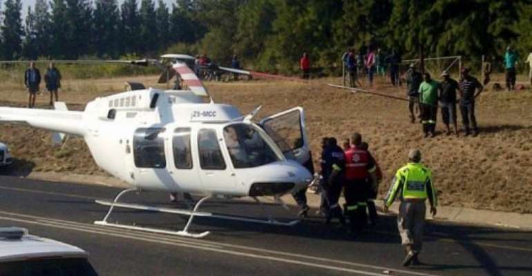 Victims are airlifted by helicopter from the site of a train crash in Malelane.  By  (AFP/ER24)