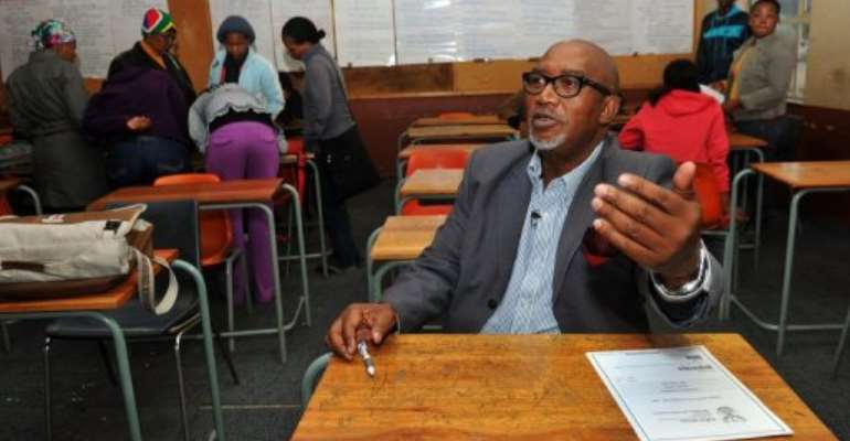 On week nights, massively popular Sipho 'Hotstix' Mabuse is in a classroom near his Soweto home.  By Alexander Joe (AFP/File)
