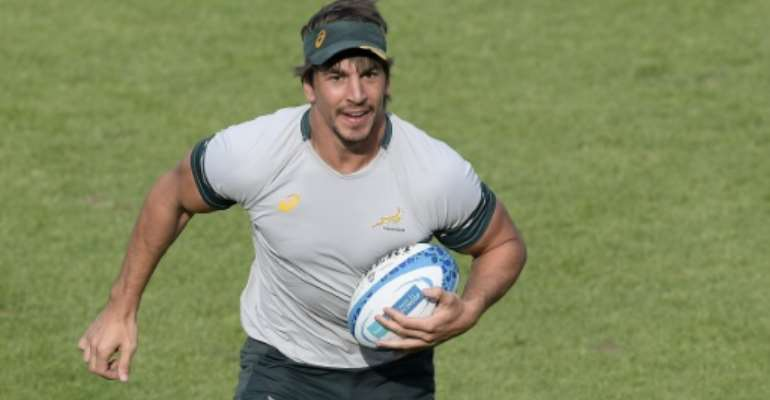 South Africa's lock Eben Etzebeth, pictured on August 26, 2016, could play in the Premiership following the conclusion of the Springboks' European tour before returning home.  By Juan Mabromata (AFP/File)