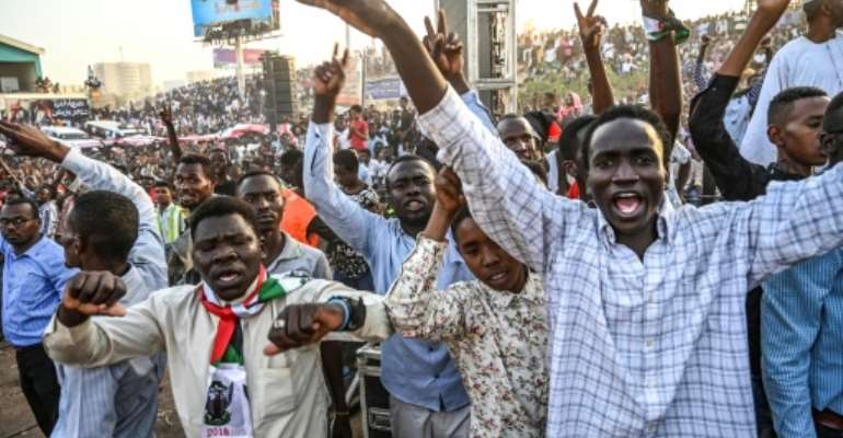 Sudan protest leaders have called for a 'million-strong' march to put pressure on the army as talks drag on over who should run the country.  By OZAN KOSE (AFP)