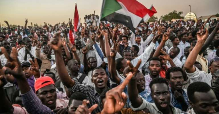 Sudanese protesters have continued to demand a civilian government since the military ousted president Omar al-Bashir ealier this month.  By OZAN KOSE (AFP)