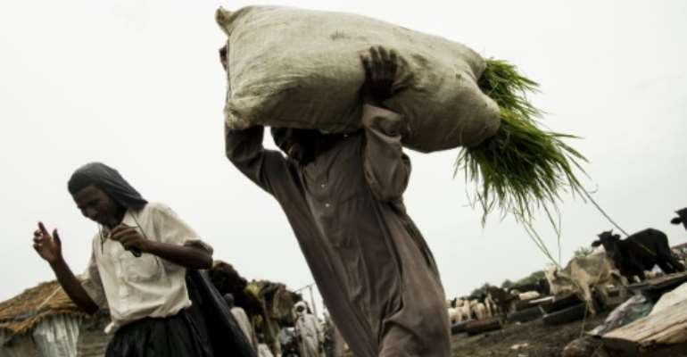 The burden of Chadians has become heavier since COVID-19..  By Xaume Olleros (AFP)