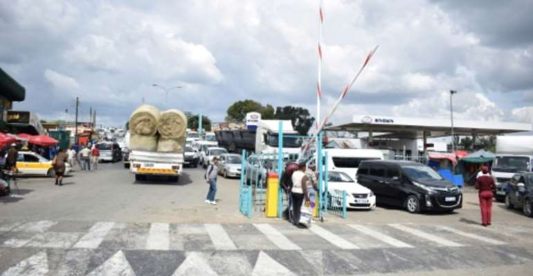 The Maseru Bridge border post between Lesotho and South Africa. A landmark agreement would scrap all customs duties on internal trade between African countries, but progress is slow.  By Molise Molise (AFP)