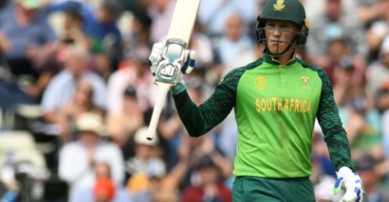 Valuable fifty - South Africa's Rassie van der Dussen acknowledges his half-century in a World Cup match against New Zealand.  By Oli SCARFF (AFP)