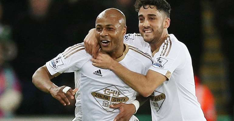 Andre Ayew celebrating his goal