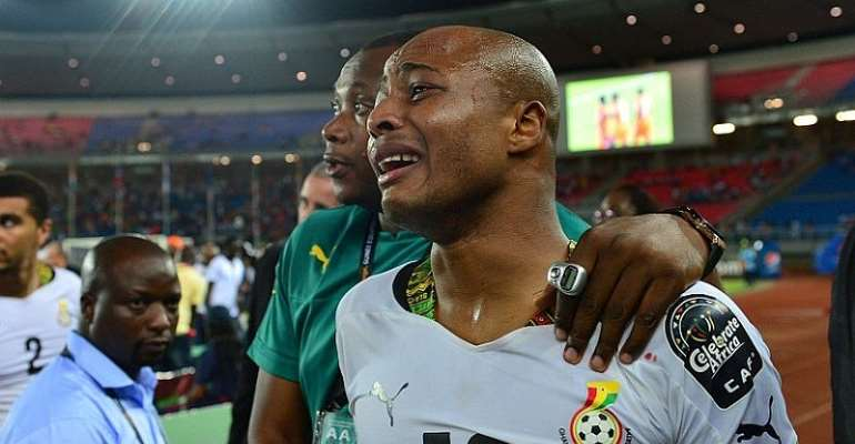 Andre Ayew in tears after Ghana's 2015 AFCON final loss