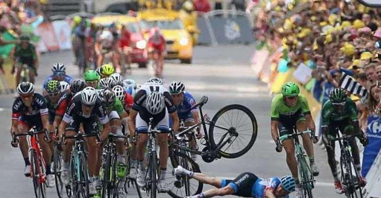 Orica-GreenEDGE rider Simon Gerrans denies fault for Andrew Talansky tumble at Tour de France