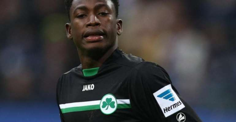 Baba Rahman Handed No 17 Jersey  …After Completing Chelsea Move