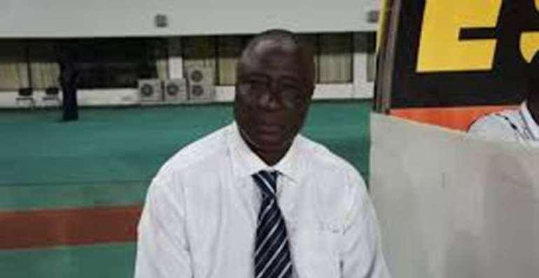 Warning: Coach Bashiru Hayford threatens to beat some Sports Journalists