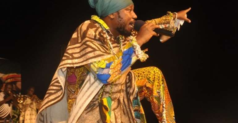 Blakk Rasta Wages War On Slay Queens With 'Bola Bird' Song