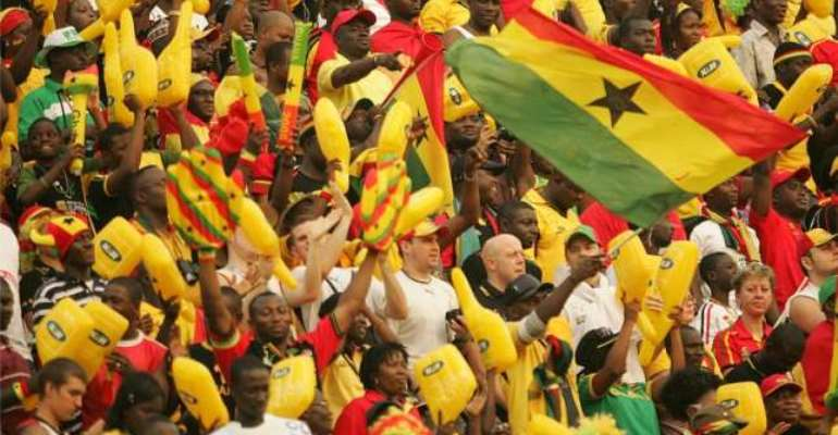 Show us love: Ayew compares Black Stars fall out with fans to man and wife
