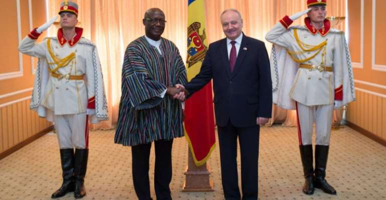 Moldovan President Receives Ghana's New Ambassador