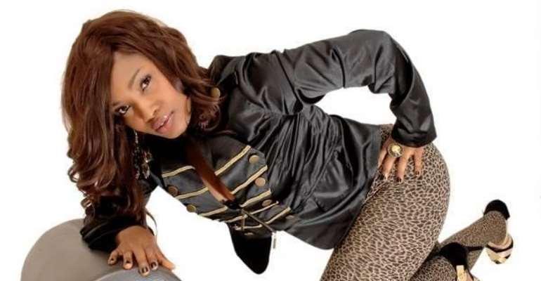 Halima Abubakar Changes Wardrobe