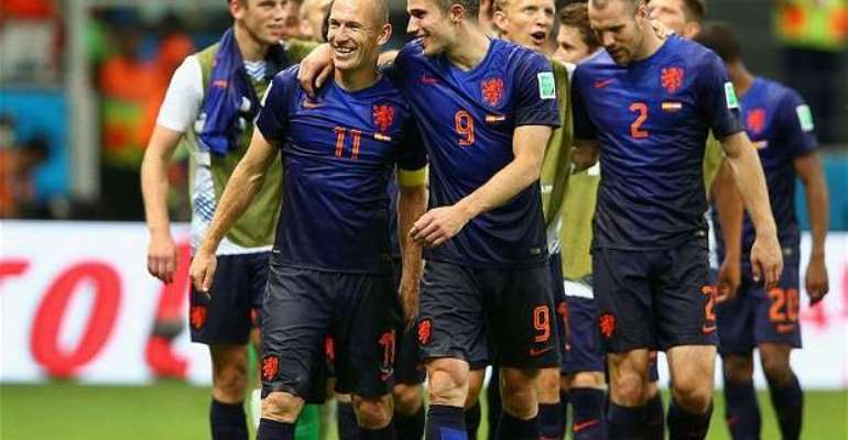 FIFA about to throw out Holland of World Cup camp