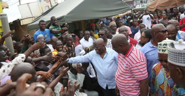Nana Addo at Ashaiman before leaving to the Volta region