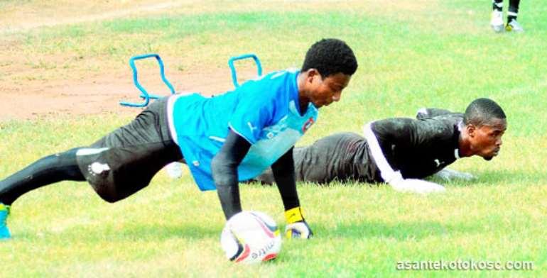 Goalkeeper Felix Annan