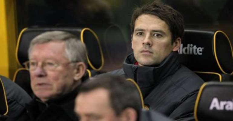 The former England striker Michael Owen has said he will retire at the end of the season.