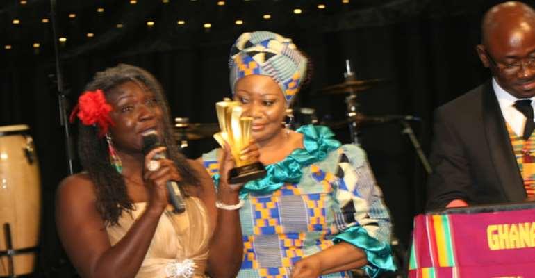 Winner of the Best Journalist Award, Akua Djanie (aka Blakofe)