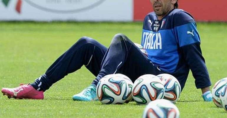 Sirigu starts: Buffon to miss England tie