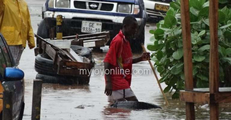Four days flooding leaves five dead in Central region
