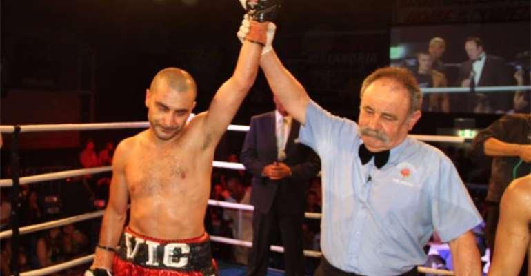 Former Agbeko victim Vic Darchinyan stops Paulino in Australia