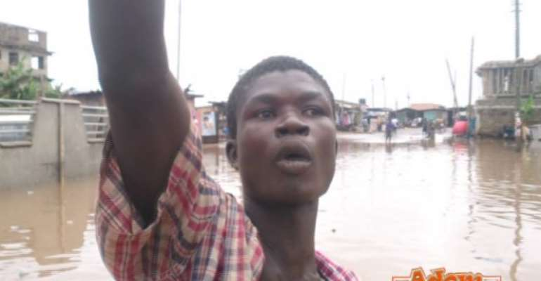 Hilarious VIDEO: 'Ghetto boy' narrates how Nkrumah Circle was flooded again