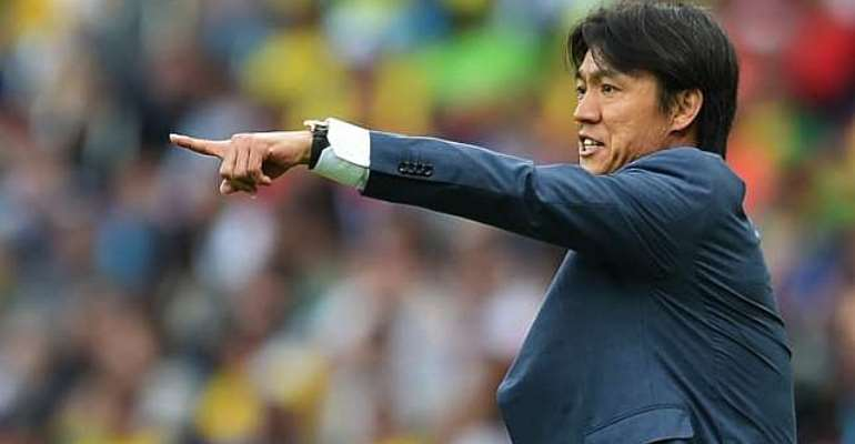 Still in charge of the Devils: Coach Hong Myung-Bo to remain in charge of South Korea