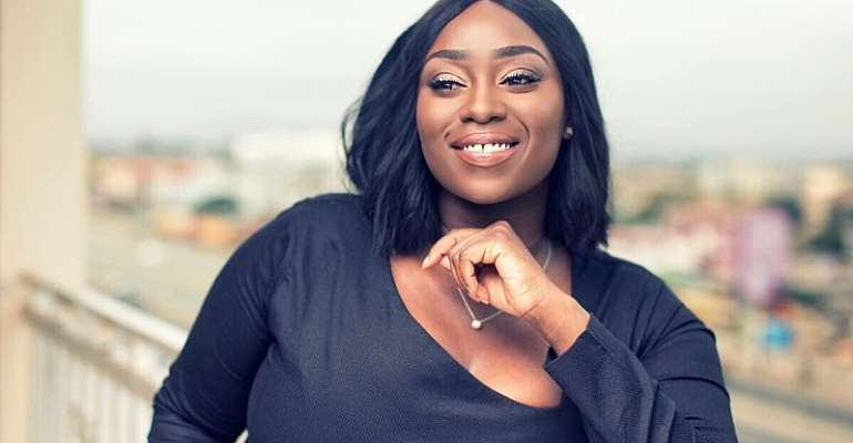 """I Am Proud Of You"" World Bank VP Arunma Oteh Tweets Peace Hyde"