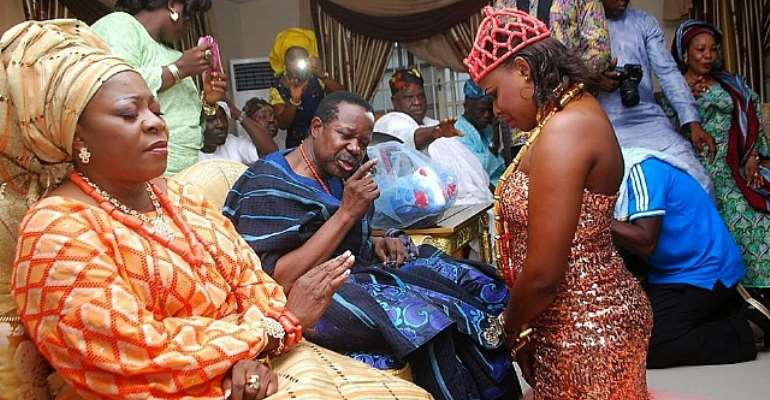 King Sunny Ade's Pretty Daughter Weds In Style [Pictures]