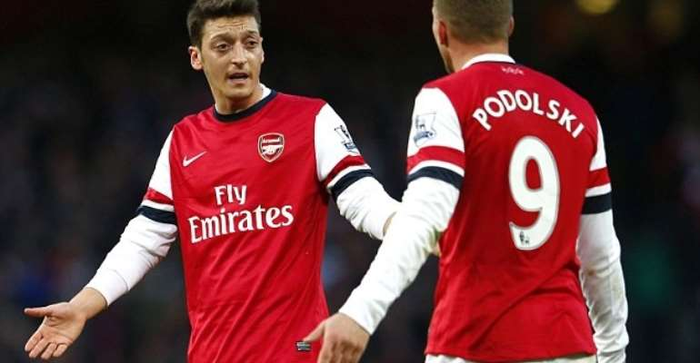 Ozil apologises for Arsenal display in Bayern loss